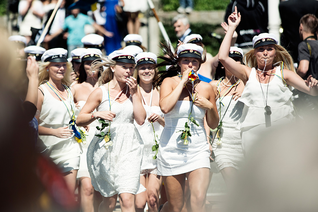 how to join the navy after high school